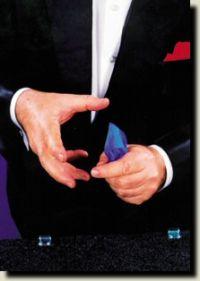 Sencillos trucos de magia con panuelos